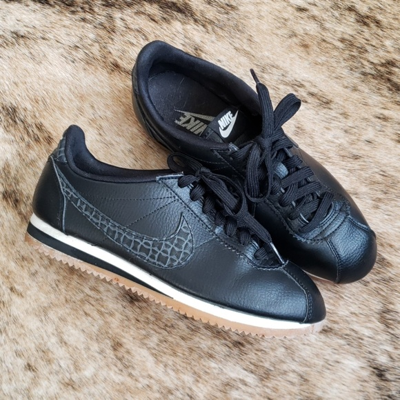 buy online f668c 39f62 Nike Cortez limited edition